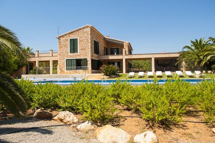 Blick auf die Ferienfinca mit Pool PM 6579 Mallorca Südosten fü 10 Personen