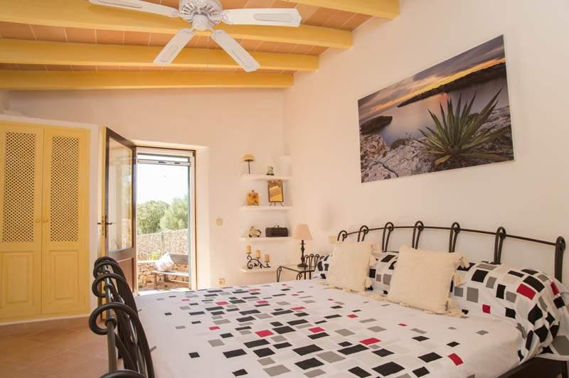 Schlafzimmer Finca Mallorca mit Pool im Südosten PM 6583