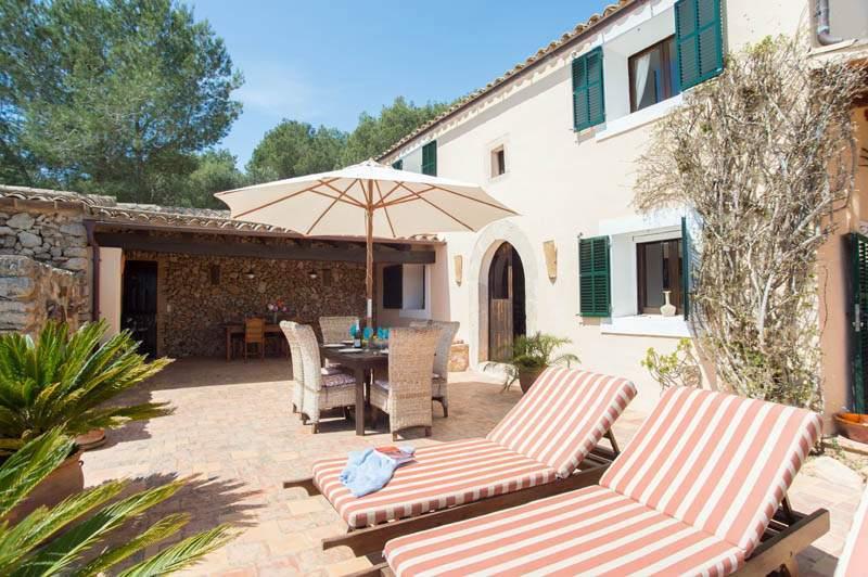 Terrasse Finca Mallorca mit Pool im Südosten PM 6583