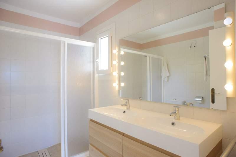 Badezimmer Ferienvilla Mallorca für 12 Personen PM 6584