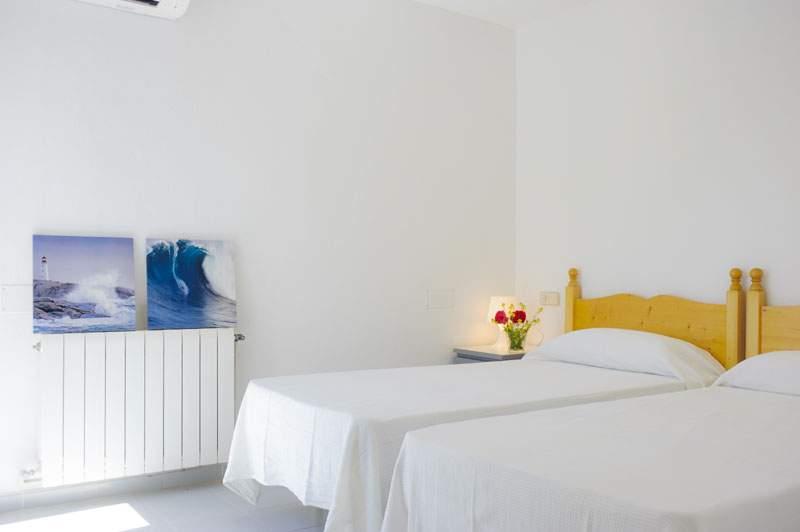 Schlafzimmer 4 Ferienvilla Mallorca für 12 Personen PM 6584
