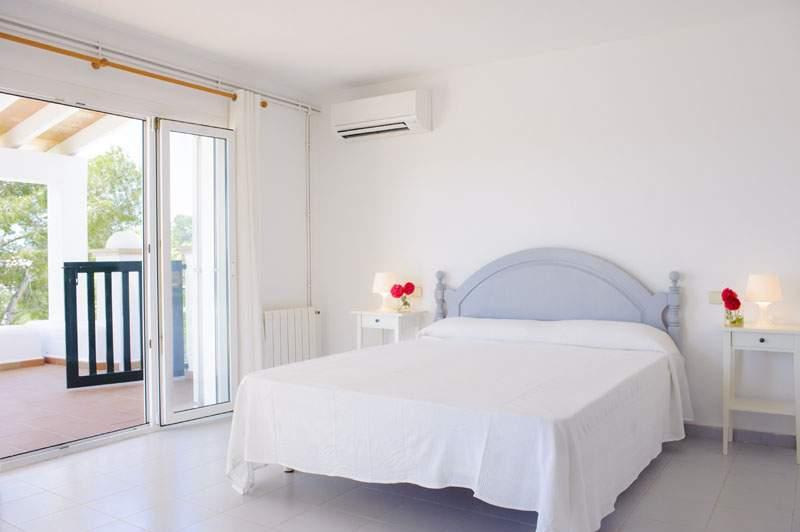 Schlafzimmer Ferienvilla Mallorca für 12 Personen PM 6584