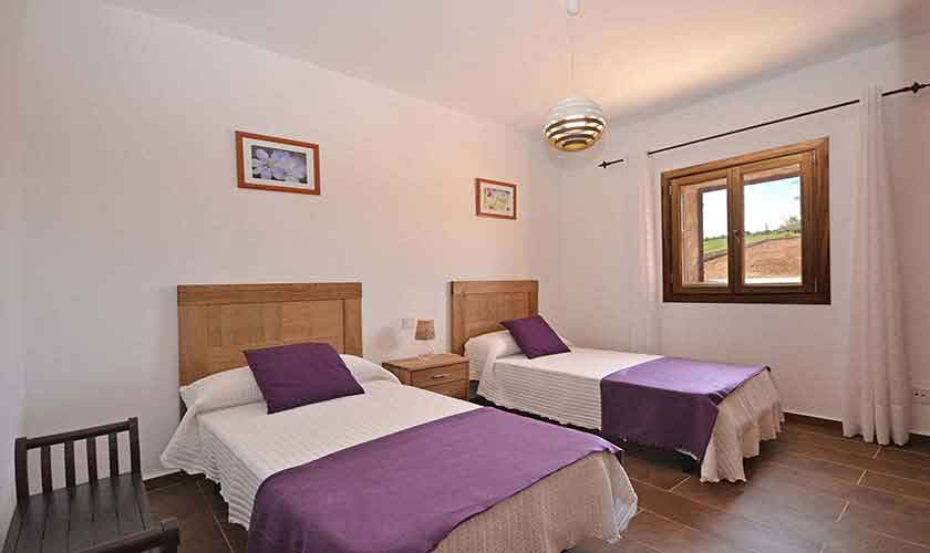 Schlafzimmer Ferienhaus Mallorca 8-9 Personen PM 6930